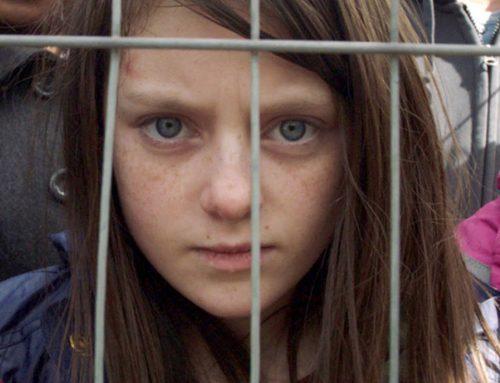 Hoy, en el día Internacional de la Niña, recordamos esta campaña de Save the Children
